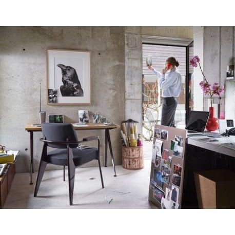 Fauteuil Direction - vitra - Jean Prouvé - Stoelen - Furniture by Designcollectors
