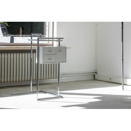 Petite Coiffeuse - Classicon - Eileen Gray - Low and Side Tables - Furniture by Designcollectors