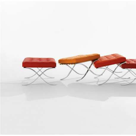 Barcelona Stool with cushion - Knoll - Ludwig Mies van der Rohe - Chairs - Furniture by Designcollectors