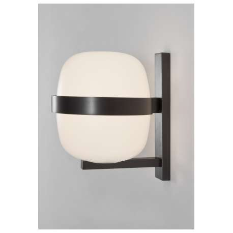 Wally Wall Lamp - Santa & Cole - Miguel Milá - Lighting - Furniture by Designcollectors