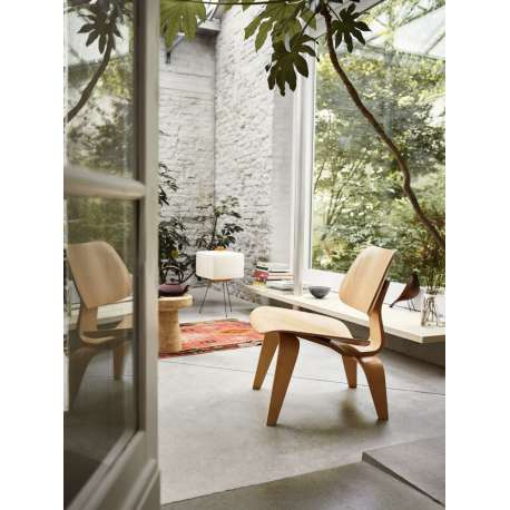 Plywood Group LCW Chair - vitra -  - Home - Furniture by Designcollectors