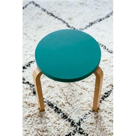 Kruk 60 / E60: Speciale editie - Set van 3 kleuren, samengesteld door Sofie D'Hoore - artek - Alvar Aalto - Zitbanken en krukjes - Furniture by Designcollectors
