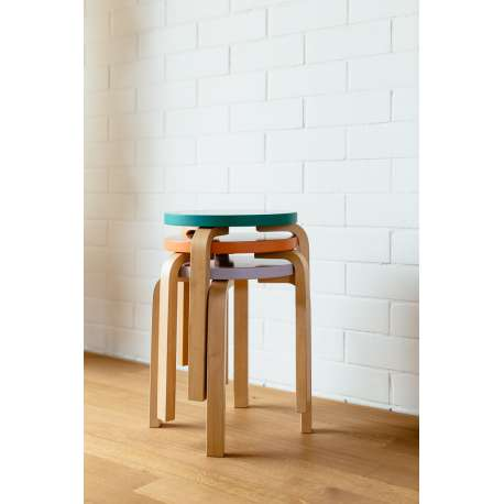 Stool 60 / E60: Special Edition - Set of 3 colours curated by Sofie D'Hoore - artek - Alvar Aalto - Stools & Benches - Furniture by Designcollectors