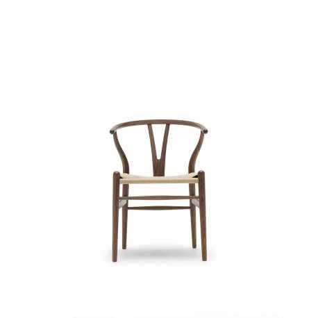 CH24 Wishbone Chair - Carl Hansen & Son - Hans Wegner - Home - Furniture by Designcollectors