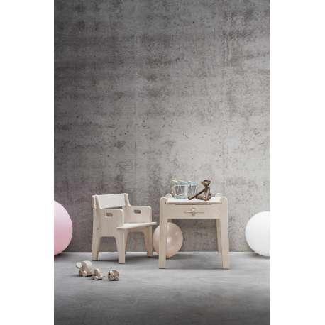 CH411 Peters Table pour enfants - Carl Hansen & Son - Hans Wegner - Accueil - Furniture by Designcollectors