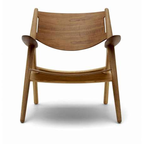 CH28T Lounge Chair - Carl Hansen & Son - Hans Wegner - Furniture by Designcollectors