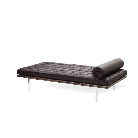 Barcelona Day Bed: Special Edition: Venezia Leather - Knoll - Ludwig Mies van der Rohe - Furniture by Designcollectors