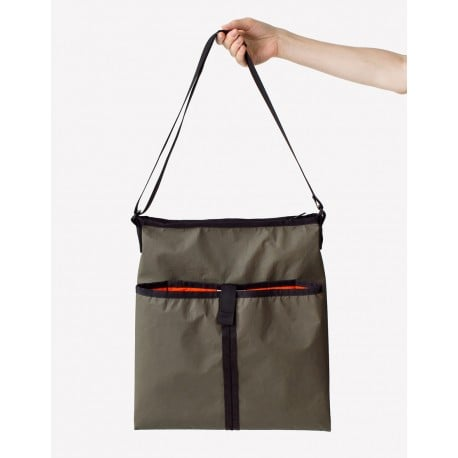 Tube Bag - Maharam - Konstantin Grcic - Bags - Furniture by Designcollectors