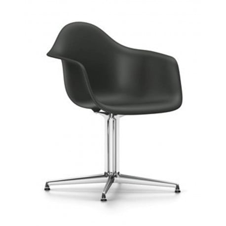 Eames Plastic Armchair DAL - Vitra - Charles & Ray Eames - Dining Chairs - Furniture by Designcollectors